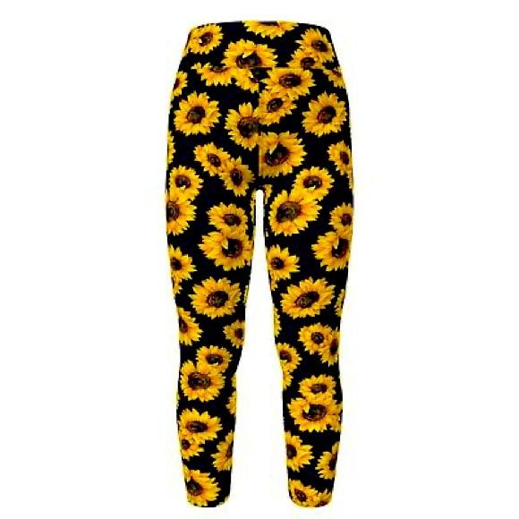 LuLaRoe TC Leggings Black With Yellow Sunflowers
